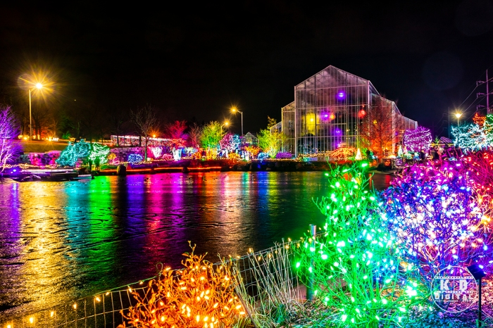 Holiday lights in Rockford, Illinois by KB Digital